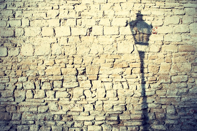 stín lampy